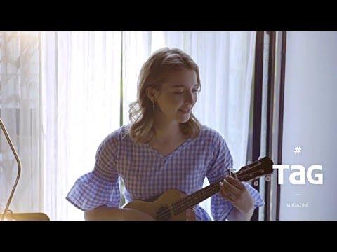 RIHANNA-TAKE A BOW(ukulele cover) by TAG magazine - Thời lượng: 2 phút, 10 giây.