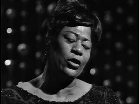 Ella Fitzgerald  - Live in Sweden 1963 Jazz Icons