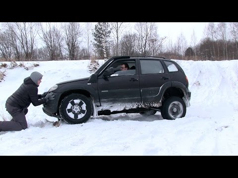 Chevrolet Niva vs Subaru Forester - Snow offroad! via ATDrive (видео)