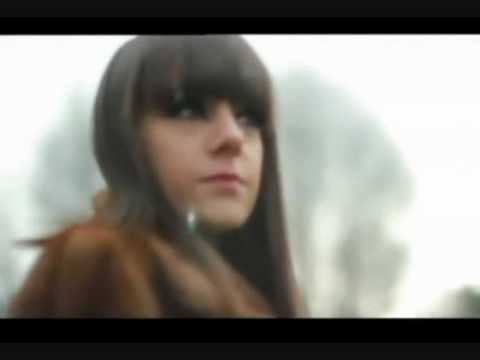 Tekst piosenki Alizée - La Candida po polsku