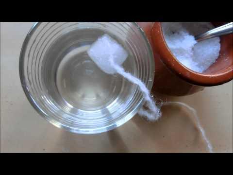 Cómo hacer un experimento con sal y hielo