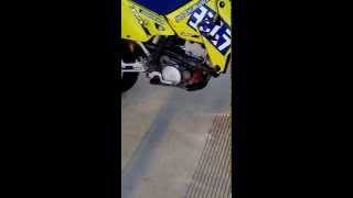 7. DRZ400 start up, idle, and rev.