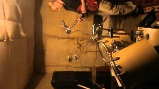 Video HLOUčEK H - Vznáším Se - 30.6. 2013 - Zkušebna - Jen Trio - Bez