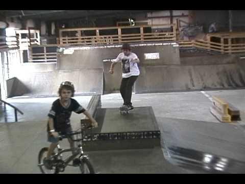 Mesh Skatepark Montage