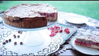 Ciasto z czerwoną porzeczką i orzechową bezą