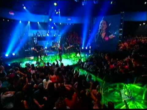 Evanescence -  Live at Pepsi Smash (Going Under & Bring Me To Life)