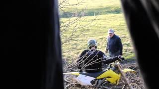 To jest moje pole! Wkurzony rolnik kontra motocyklista!