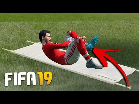 11 GAMEPLAY FEATURES THAT SHOULD BE IN FIFA 19!!! (VAR & Medics In FIFA?!)
