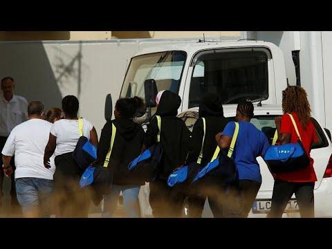 Ικανοποίηση των ΜΚΟ από τη λύση για τους μετανάστες του Aquarius…
