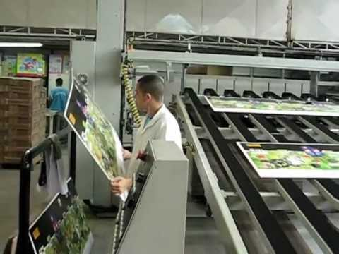 Machine Corrugated - Making a corrugated carton box. Sunrise Pacific Co., Ltd. is the manufacture of Flexo Printing Machine, Flexo Folder Gluer, Auto Gluer in Taiwan; with branch...