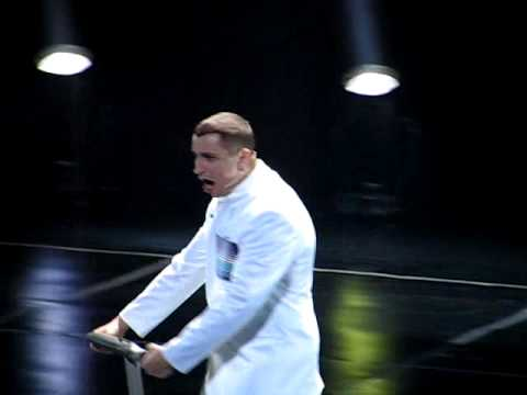 Janusz Radek - Trzy prawa robotyki lyrics