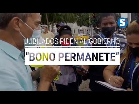 """Jubilados piden al GobierNito un """"bono permanente""""."""