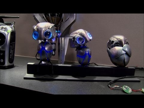 Earth to Echo (Clip '20 Questions with an Alien')