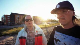 Ruger Hauer: Paperi T, Pyhimys Tommishock Directed by Ezra Gould Produced by Cocoa http://www.cocoa.fi http://www.monsp.fi...