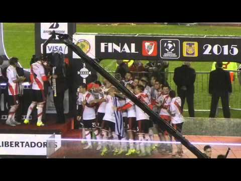 Video - River Plate vs. Tigres - Final Copa Libertadores 2015 - Los festejos - Los Borrachos del Tablón - River Plate - Argentina