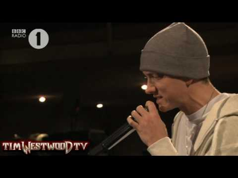 exclusive - Eminem & Kon Artis spittin' fire feat. Alchemist live at Maida Vale.