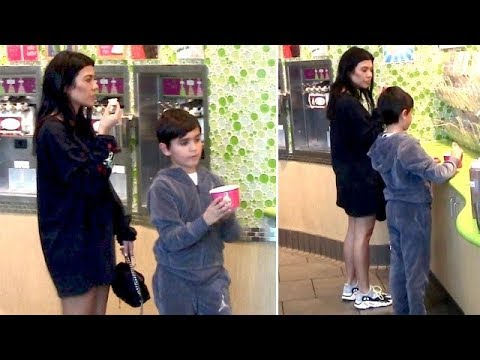 Kourtney Kardashian And Mason Enjoy A Sweet Treat At Menchies