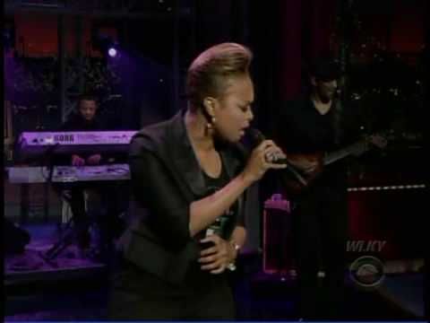 "Chrisette Michele ""Blame It On Me"" On The Late Show With David Letterman 5.12.09"
