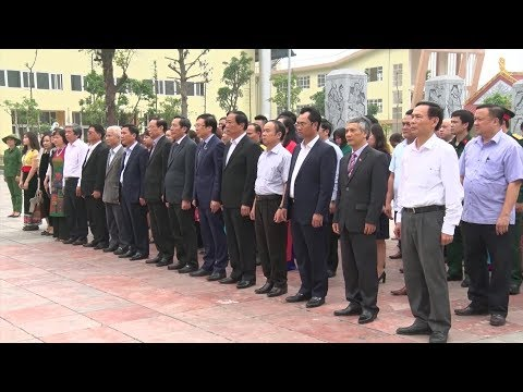 Hội Nhà báo Việt Nam dâng hương tưởng niệm 60 liệt sỹ Thanh niên xung phong Đại đội 915