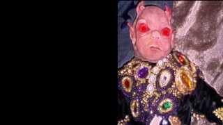 Top 5 de los muñecos que consideramos tienen las maldiciones más poderosas y que han llevado a sus dueños incluso hasta la muerte.Suscribete!