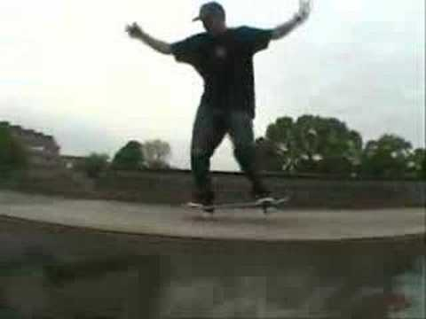 Gutek at glastonbury skatepark again!