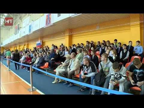 В Великом Новгороде стартовали международные соревнования по спортивной акробатике