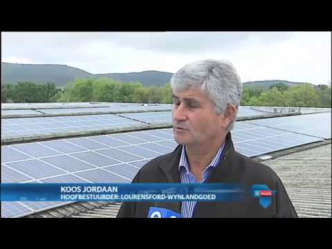 Wynplaas kies sonkrag/ Wine farm chooses solar power