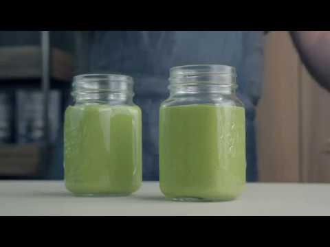 """Sojų pieno žaliasis kokteilis su Nominal """"Sorgų"""" koše"""