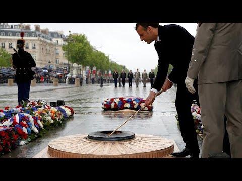 Gedenken in Paris: 74. Jahrestag des Sieges über die Na ...