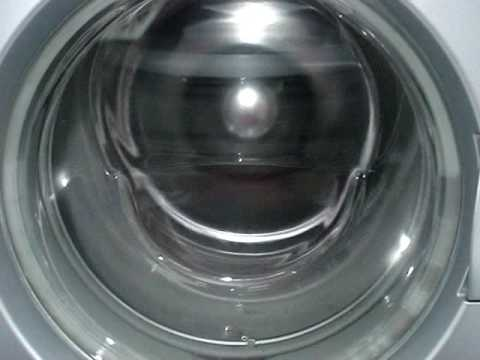 aeg - Here you can see the Miele spinning at 800rpm with faulty bearrings and the washer-motor running but doesn´t turn the drum. Then Privileg Compact running wit...