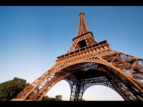 Paris - The best ways to get around Paris, how to save money there and more with Hostelworld.com's Colm Hanratty.