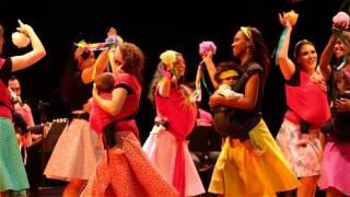 Lava o Neném: Dança Materna no palco em Belo Horizonte