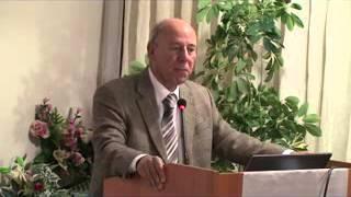 Demokrat Partili Mimar Süleyman Uluocak Zeytinburnu Halkı İçin Paneler Düzenliyor