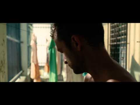 Runner, Runner (Featurette 'Crackdown')