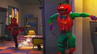 HIDE AND SEEK WITH TOMATO HEAD in Fortnite Battle Royale (PLEASANT PARK)