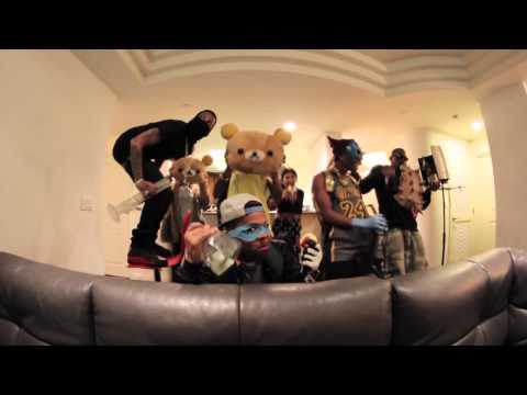 alumni - Kid Ink and his crew doing their version of the ever popular 2013 Harlem Shake viral epidemic. Featuring Kid Ink, Devin Cruise, DJ Tech, Hardhead, K-Shawn, A...