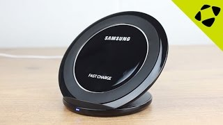 Official Samsung Fast Charge Wireless Charging Stand Review - Hands On