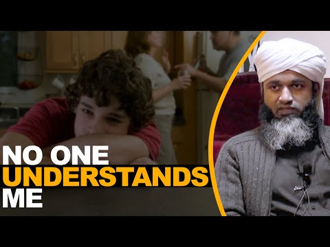 Shaykh - No one understands me | Full lecture Shaykh Hasan Ali This is a one of a kind lecture, which should be watched by everyone. Many problems with the youth we s...