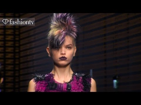 Daphne Groeneveld - Daphne Groeneveld: Model Talk | Fall/Winter 2013-2014 Fashion Week http://www.FashionTV.com/videos MILAN - FashionTV highlights Dutch model Daphne Groeneveld...