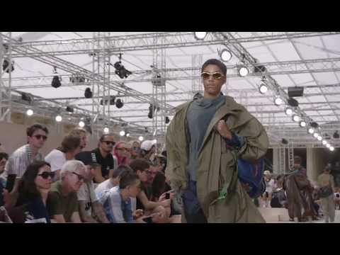 Live: The Louis Vuitton Men's Spring-Summer 2018 Fashion Show