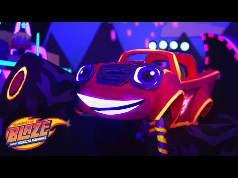 Blaze vs Crusher Light Riders Crafts | Blaze and the Monster Machines