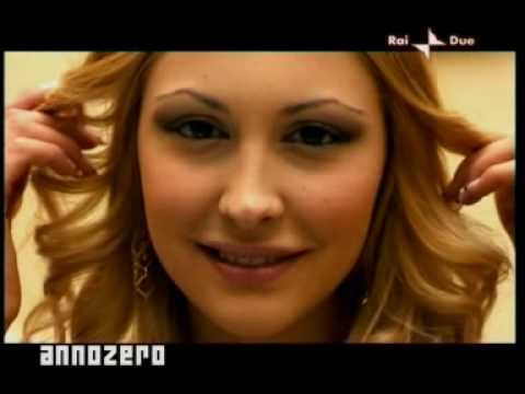 Escandalo por la Noviecita de Silvio Berlusconi el Presidente Italiano