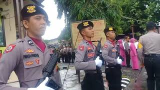 Video Video : Polres Selayar Menyambut Kunjungan kapolda Sulsel Irjen Pol Umar Septono MP3, 3GP, MP4, WEBM, AVI, FLV Oktober 2018