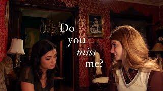 Laura & Carmilla -