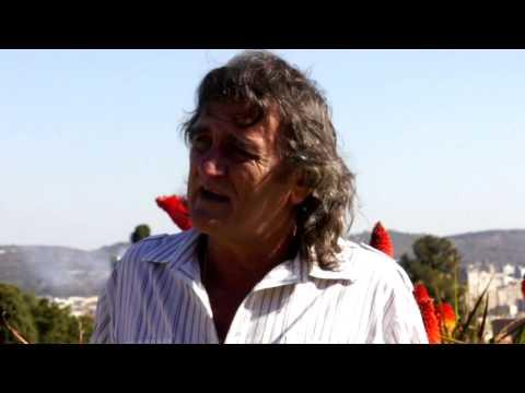 Johan Piek – Agter Elke Man