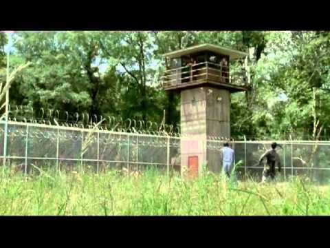 The Walking Dead Season 3 Episode 1 Kill Highlight