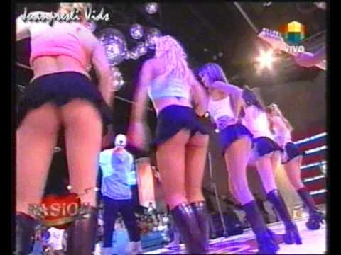 Chicas muy bellas, baile super sexy