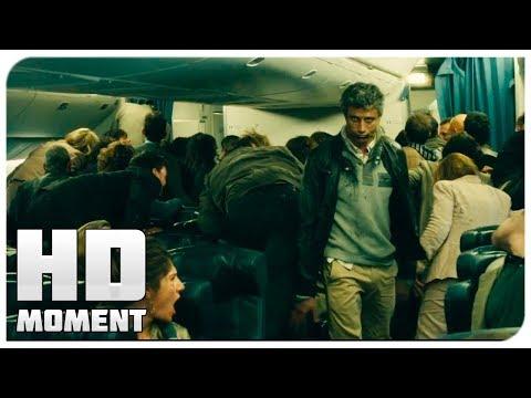 Зомби на борту самолета - Война миров Z (2013) - Момент из фильма (видео)