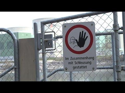 «Πόλεμος» στην Ελβετία, για το παλιότερο πυρηνικό εργοστάσιο του κόσμου