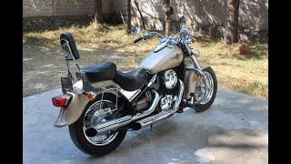8. Kawasaki Vulcan 800cc Classic - 05 Impecable